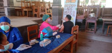Hari ke-3 / Hari Terakhir Kegiatan Vaksinasi tahap II Dosis Astra Zaneca