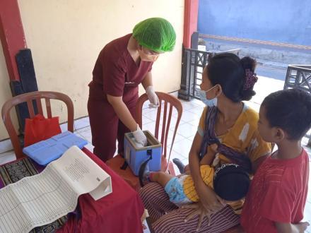 Kegiatan Posyandu di Banjar Dinas Celuk Desa Sangsit